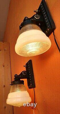 Antique Pair of Heavy Cast Iron Wall Sconces Lamp Fixtures Black/Gold