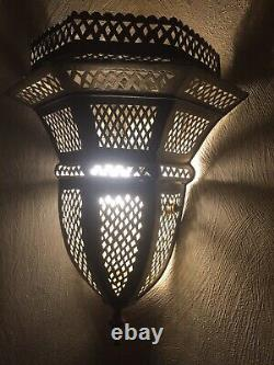 Elegant Handmade Moroccan Cylinder Brass Engraved Wall Fixture Sconce
