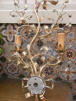 Pair Of Vintage Gilt Metal Tole acanthus Italian Wall Lights Sconces Appliques