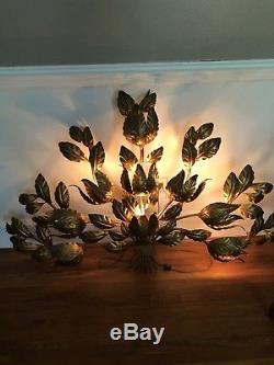 Vintage Italian Hollywood Regency Gold Leaf Tole Metal Wall Sconce Light Lamp